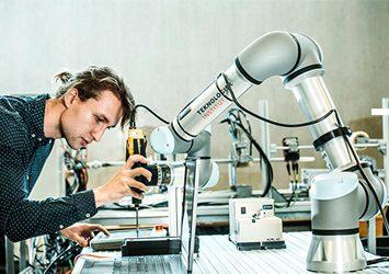Sommertur til Odense; Visionen om verdens bedste robot-by